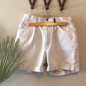 Vintage Sasson high waist cream bone denim shorts